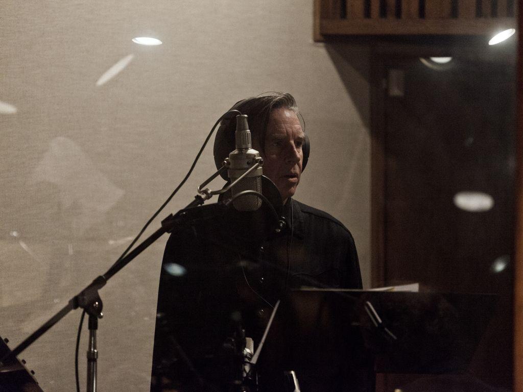 john-doe-at-the-mic-1